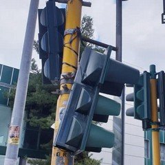 semaforo pericolante via jacini