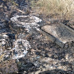 Incendio rifiuti a San Girolamo