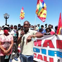 La protesta dei braccianti agricoli a Bari