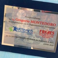 Il presepe donato da Artemes e Fratres al centro trasfusionale del Policlinico