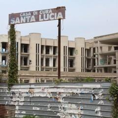 """La casa di cura """"Santa Lucia"""""""