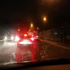 Le strade di Bari allagate