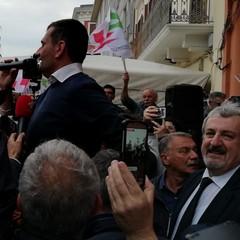 Elezioni comunali 2019, bagno di folla per Antonio Decaro al suo comitato