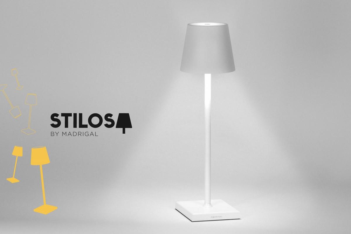 Lampada Stilosa in colore bianco