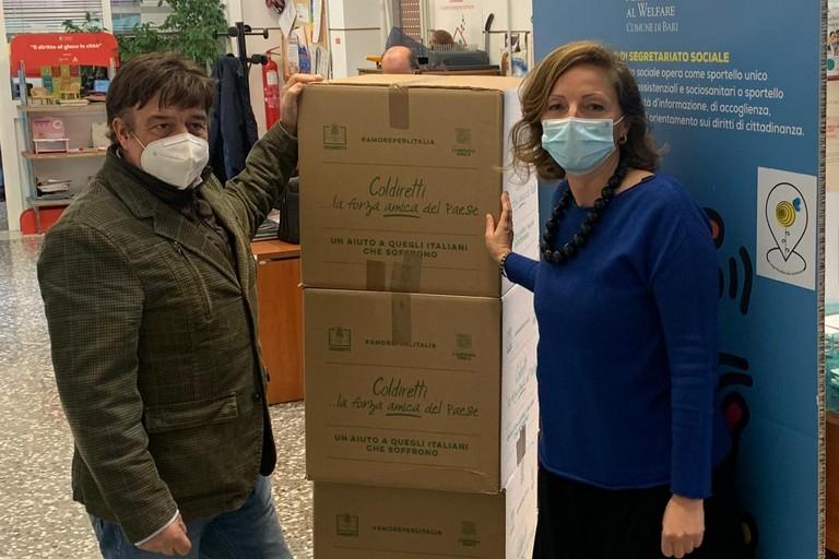 Coldiretti puglia dona kg di prodotti alimentari a km alle persone e alle famiglie in difficolt