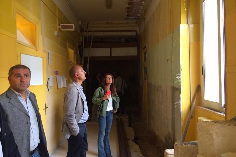 adeguamento sismico scuola Mazzini Modugno ieri il sopralluogo degli ass Romano e Galasso