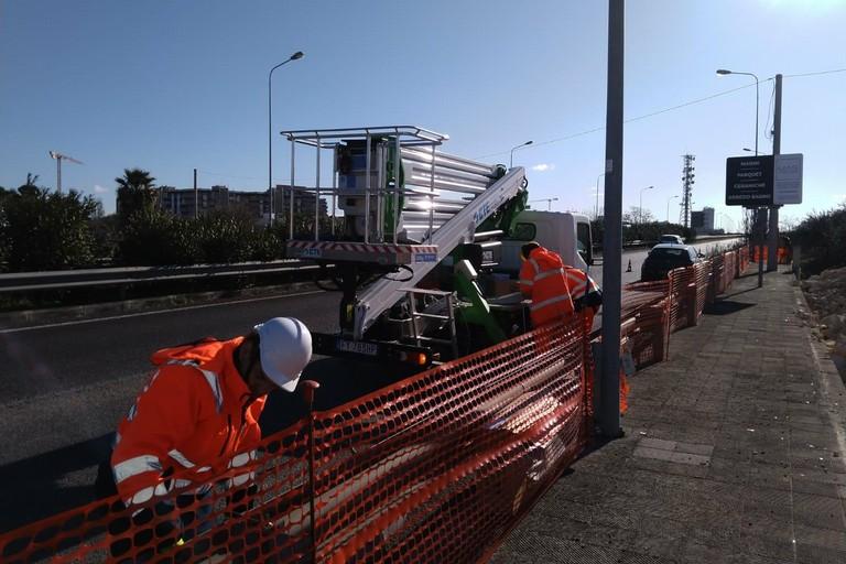 L'installazione dei nuovi pali