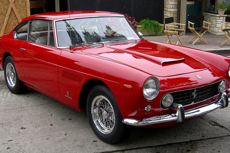Una Ferrari 250 cabriolet. <span>Foto Wikipedia</span>