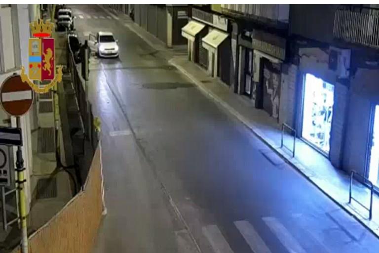 Da Cerignola a Bari per rubare auto