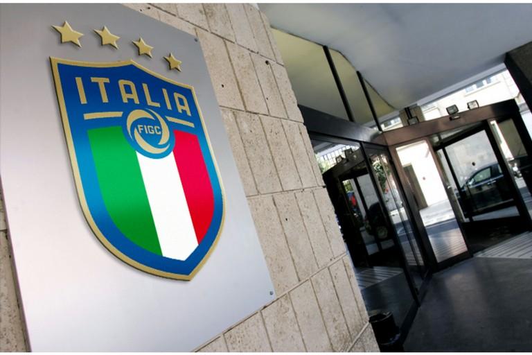 Deferimento FC Bari, udienza anticipata al 25 maggio