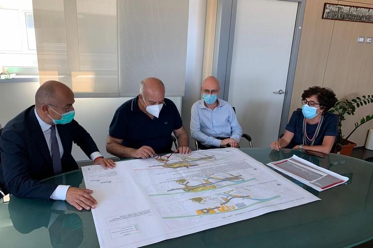 ieri riunione tecnica per nuova viabilita alternativa al passaggio a livello in via Oberdan