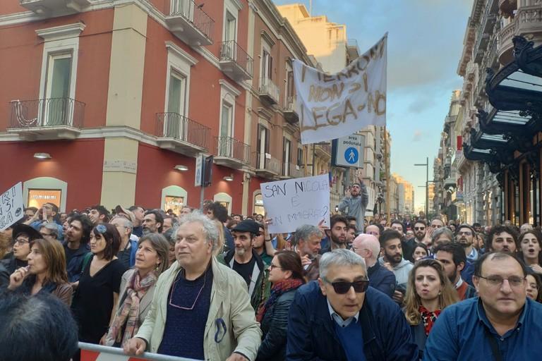 La manifestazione contro Salvini a Bari