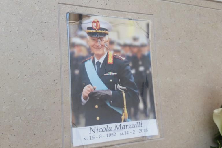 Sfregi alla tomba del comandante Marzulli, preso un 58enne di Bari