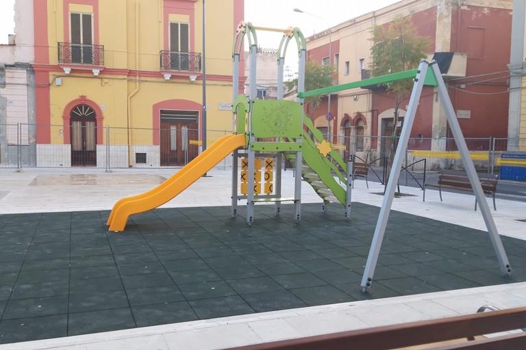 aree ludiche area giochi in piazza Diaz a Ceglie