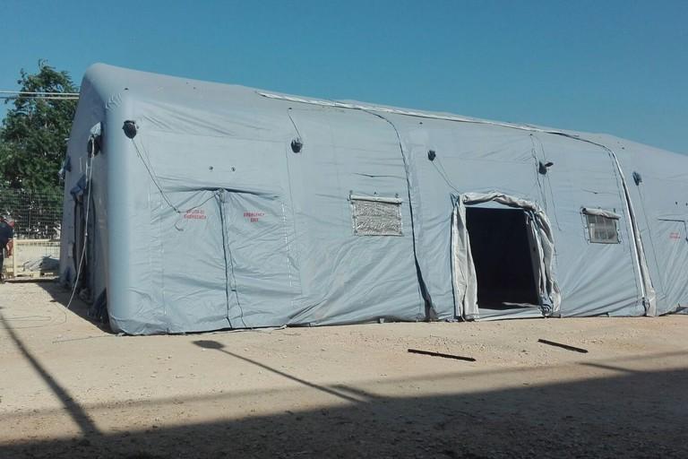 Inagibile la sede di via Nazariantz, i processi del tribunale di Bari si trasferiscono nelle tende