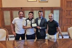 Il Comune di Bari premia Giorgio Romanini, secondo ai campionati nazionali di karate