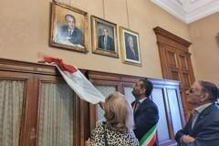 A palazzo di città un ritratto dedicato all'ex sindaco Luigi Farace