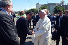 Visita del Papa a Bari, il Comune attiva un call center dedicato