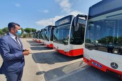 Amtab, arrivano a Bari i primi otto autobus ad alimentazione ibrida