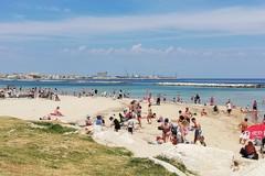 Caldo e voglia di mare vincono la paura del Covid, a Pane e Pomodoro è già un'estate normale