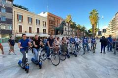 """Bari dice no al vandalismo, in centro la """"biciclettata"""" dei sindacati"""