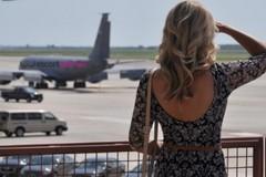 Mercato del sesso, in estate le escort si spostano in Puglia. Record a Bari e provincia