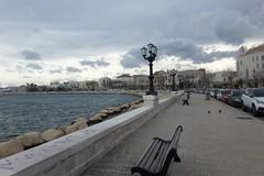 Domenica di pioggia e vento a Bari, è allerta arancione