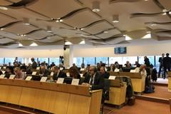 Emiliano a Bruxelles: «L'impegno politico sui cambiamenti climatici è di particolare importanza»