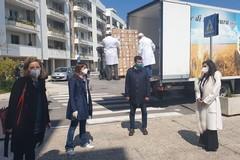 Emergenza Coronavirus, tre aziende donano pane e buoni spesa al Comune di Bari