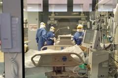 Puglia, cala la pressione sugli ospedali. Occupazione terapie intensive al 34%