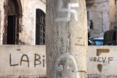 Svastiche e scritte in piazza Santa Maria del Buonconsiglio, Comune di Bari studia interventi di ripristino