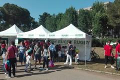 """Fa tappa a Bari """"Rugby nei Parchi"""". Al """"2 Giugno"""" i bambini scoprono la palla ovale"""