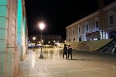 """Coprifuoco alle 22? A Bari """"autocertificazione"""" con biglietto di cinema o teatro"""