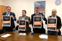 Sondaggi elettorali, il centrodestra: «Cittadini di Bari bocciano amministrazione Decaro»