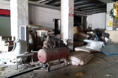 Abusivismo edilizio e abbandono rifiuti, due denunce della polizia locale di Bari