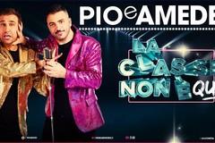 """""""La classe non è acqua"""", Pio e Amedeo a Bari"""