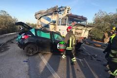 Auto contro tir sulla Castellana-Monopoli, muoiono due donne