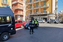 Emergenza Coronavirus, a Bari i check point della polizia locale: 14 multe oggi