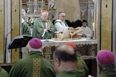 """Il Cardinale Bassetti apre in cattedrale a Bari """"Mediterraneo Frontiera di Pace"""""""