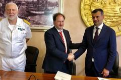 L'accordo per il porto turistico
