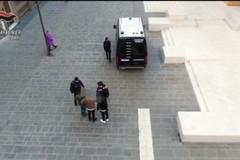 Picchiarono una coetanea nel centro di Bari, identificate due minorenni