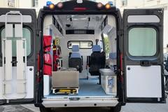 Puglia, nuova ambulanza della Gdf acquistata con i fondi della Regione Puglia