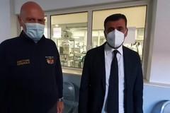Decaro in visita al reparto Covid del Policlinico di Bari