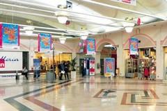 Ruba profumi all'Auchan, denunciata 50enne