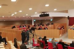 Doppia preferenza di genere, la Regione Puglia verso il sì. I commenti politici