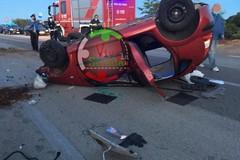 Castellana, auto si ribalta sulla provinciale 81. Cinque feriti