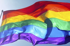 Bari contro l'omofobia, una raccolta fondi per aiutare Mariangela e la sua compagna