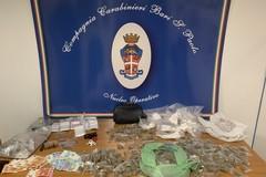 San Paolo, nascondeva 12 proiettili e 1,5 chili di droga in casa della nonna. Arrestato 28enne