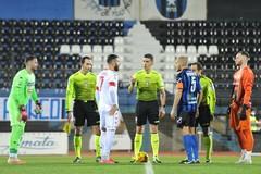 Antenucci salva il Bari, goal nel finale. I biancorossi fanno loro il derby: 0-1 a Bisceglie