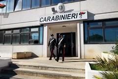 Bari, estorcevano migliaia di euro al proprietario di un'agenzia di scommesse: arrestati sei affiliati al clan Strisciuglio